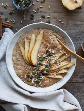 Pear Amaranth Porridge - Wanders and Greens